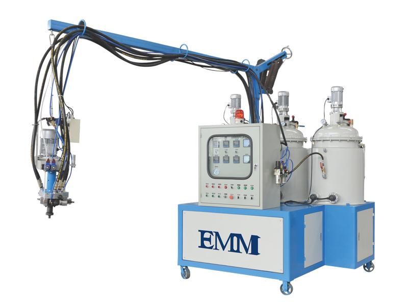 düşük basınçlı poliüretan köpük makinesi